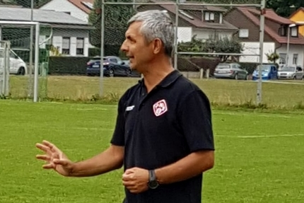 Claudiu Bozesan übernimmt das Kommando